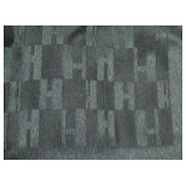 Hermès-Echarpe Hermès-Gris