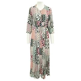 Diane Von Furstenberg-Colorful Flattering Buttoned Dress-Multiple colors