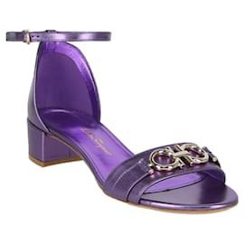 Salvatore Ferragamo-Como Gancini Metallic Sandals-Purple