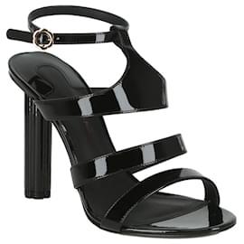 Salvatore Ferragamo-Trevie Leather Heel-Black