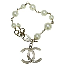 "Chanel-Classic Elegant Pearl Bracelet with ""CC""-White,Cream"