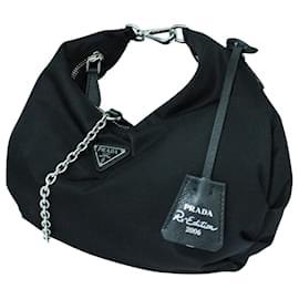 Prada-Re-Edition 2006 Nylon bag-Black