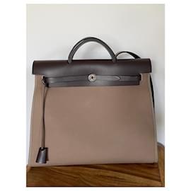 Hermès-Herbag 39-Brown