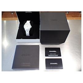 Chanel-Chanel J12 Phantom Calibre12.1 38 MM unisex Genuine unused H6186 Mens-White