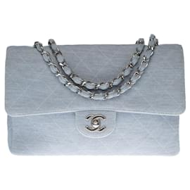 Chanel-Lovely Chanel Timeless bag in sky blue quilted jersey, Garniture en métal argenté-Light blue