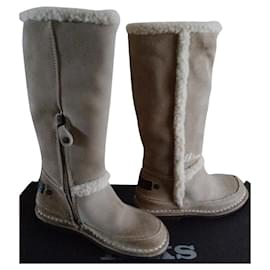 Ikks-Pair of IKKS child leather boots 30 Stuffed in their box never worn-Beige