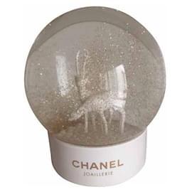 Chanel-CHANEL JOALLERIE SNOW BALL-White