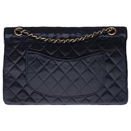 Chanel-Superb Chanel Timeless Medium handbag 25cm with lined flap in navy blue quilted lambskin, gold metal trim-Navy blue