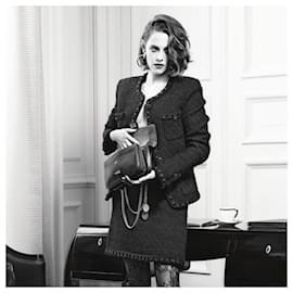 Chanel-Icon ROME Black Tweed Jacket-Black