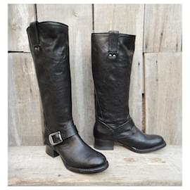 Frye-size frye boots 36 New condition-Black