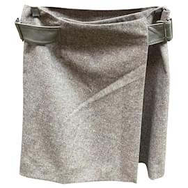 Louis Vuitton-Sublime Louis Vuitton skirt-Beige