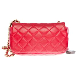 Chanel-Splendid and highly sought after Chanel Valentine Mini Charms Flap bag in red quilted leather-Red