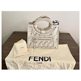 Fendi-Runway shopping small-Cream