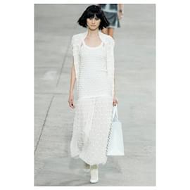 Chanel-Runway 'Bows' Vest-Cream
