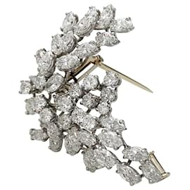 Chaumet-Chaumet diamond brooch, Platinum and white gold.-Other