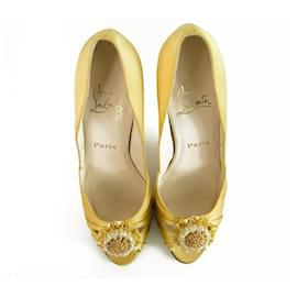 Christian Louboutin-NEW Christian Louboutin Pompadouce Yellow Satin Peeptoe 11cm heels sz 40-Yellow