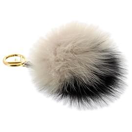 Fendi-Fendi Black Fur Pom-Pom Bag Charm-Black,White