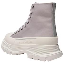 Alexander Mcqueen-Tread Slick Sneakers in Grey Canvas-Grey
