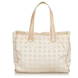 Chanel-Chanel Brown New Travel Line Nylon Tote Bag-Brown,Beige