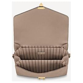 Louis Vuitton-LV Metis dune leather-Grey