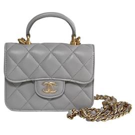 Chanel-Bolsa de moedas Chanel com corrente-Cinza