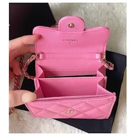 Chanel-Carteira Chanel rosa com corrente-Rosa