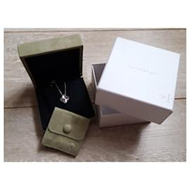 Van Cleef & Arpels-Pendant necklaces-Silvery