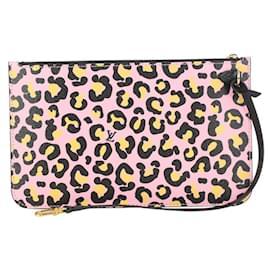 Louis Vuitton-Cheetah Leopard Pink Monogram Wild at Heart Neverfull Pochtte-Other
