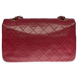 Chanel-Lovely Chanel Classique Full Flap shoulder bag in burgundy quilted leather, garniture en métal doré-Dark red