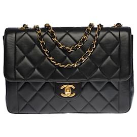 Chanel-Splendid & Rare Classic Flap bag shoulder bag in black quilted leather, garniture en métal doré-Black