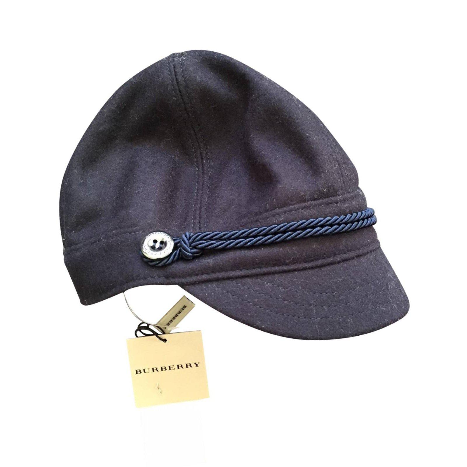 chapeaux burberry casquette en laine laine bleu joli closet. Black Bedroom Furniture Sets. Home Design Ideas