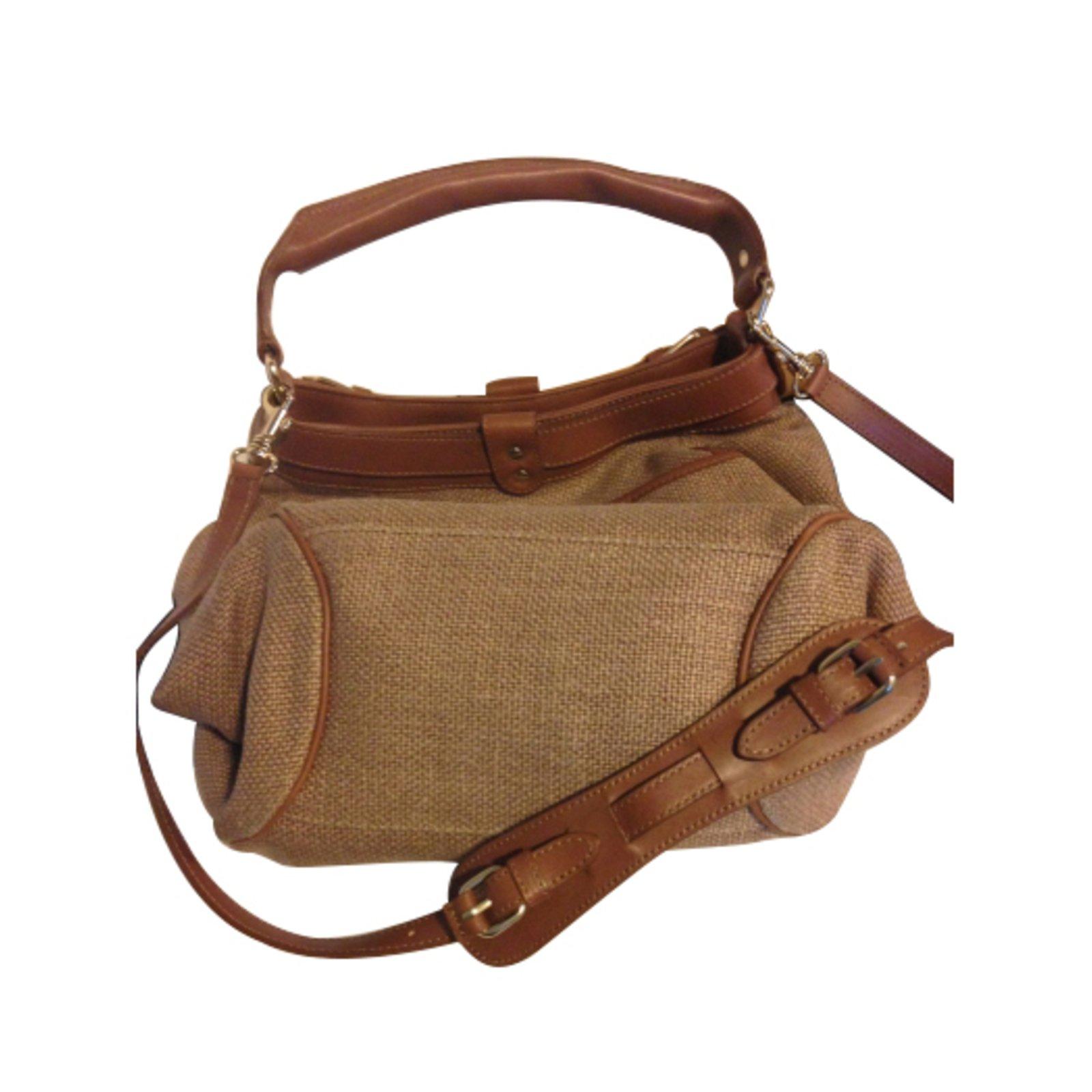 sacs main vanessa bruno hobo cuir marron joli closet. Black Bedroom Furniture Sets. Home Design Ideas