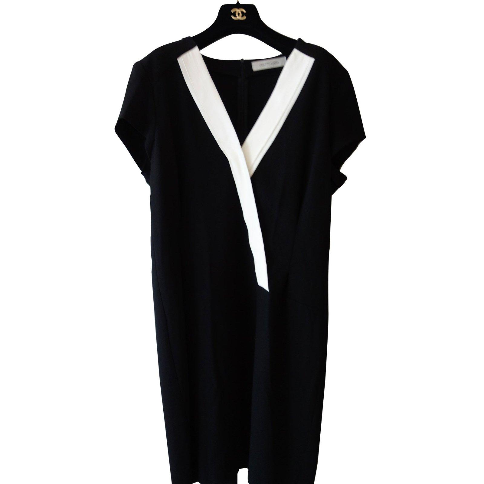 robes gerard darel robe smoking rayon noir joli closet. Black Bedroom Furniture Sets. Home Design Ideas