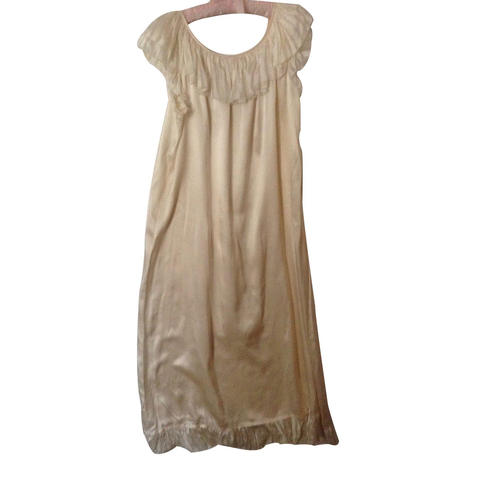 lingerie christian dior chemise de nuit christian dior. Black Bedroom Furniture Sets. Home Design Ideas