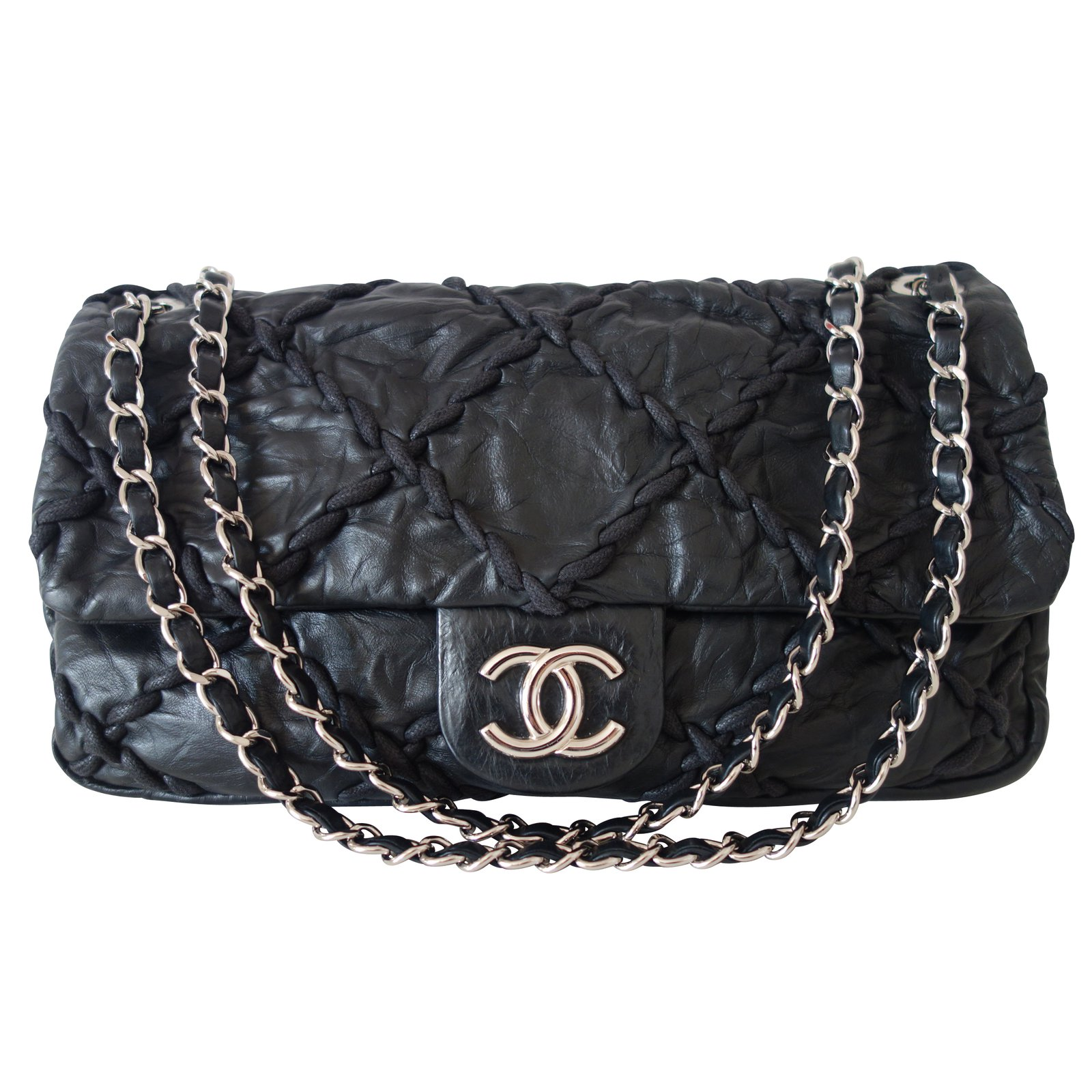 Sacs main chanel timeless cuir noir joli closet for Sac chanel interieur