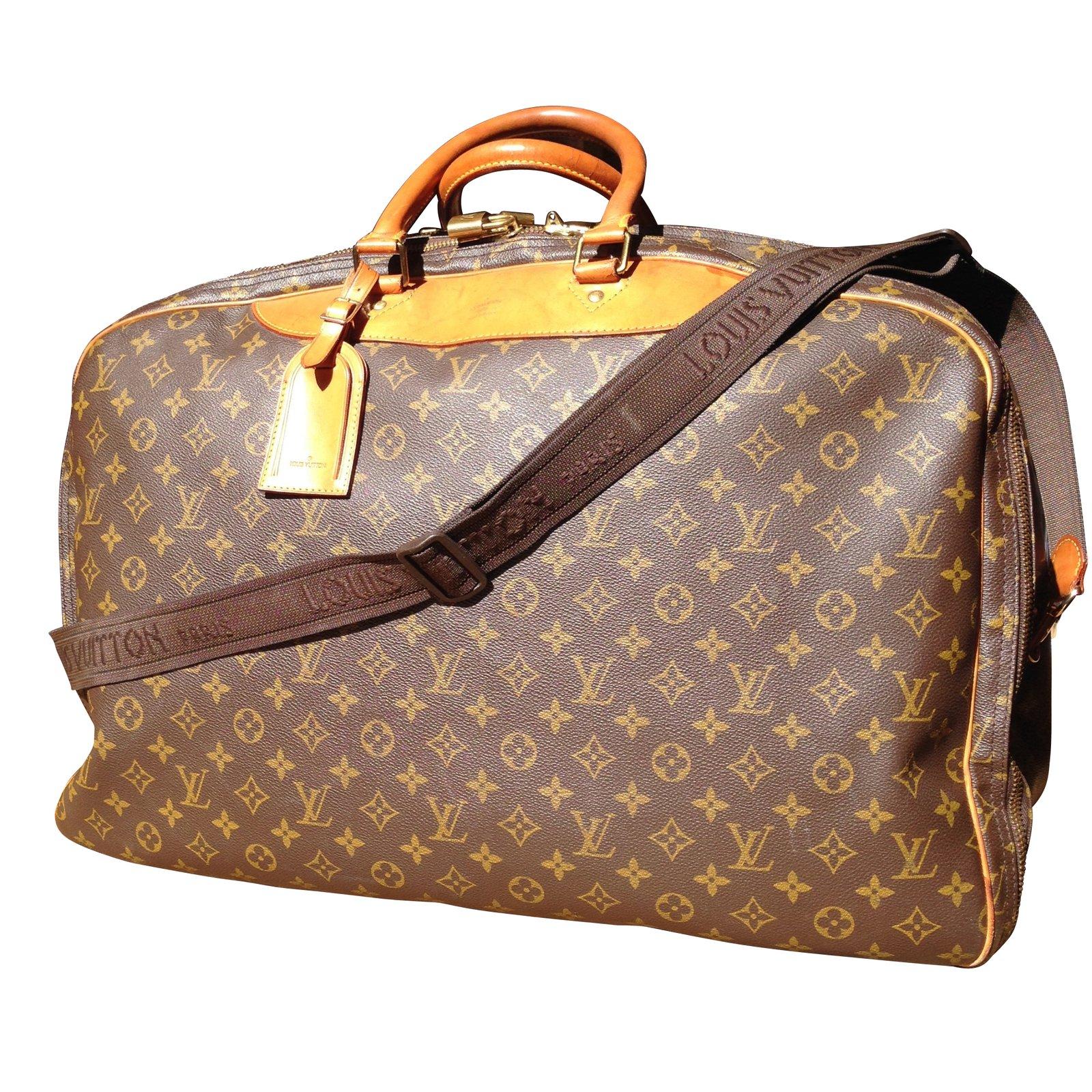 sacs de voyage louis vuitton aliz 3 poches synth tique marron joli closet. Black Bedroom Furniture Sets. Home Design Ideas