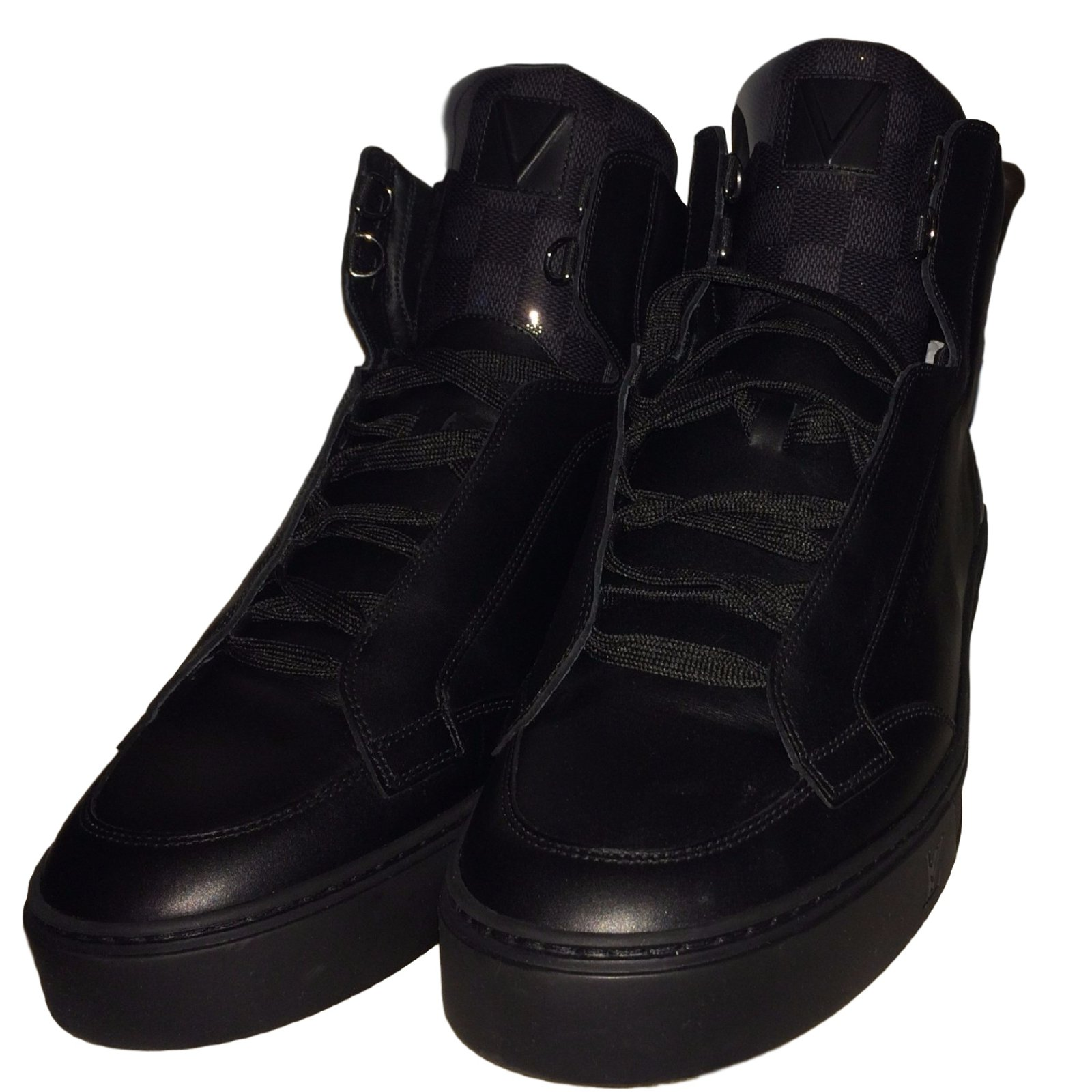 baskets homme louis vuitton speaker sneaker boot cuir noir. Black Bedroom Furniture Sets. Home Design Ideas