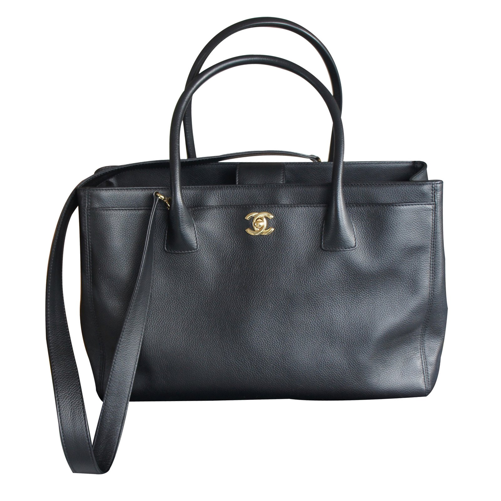 Cabas Chanel Grand shopping Cuir Noir ref.10841 e05d5e365a5