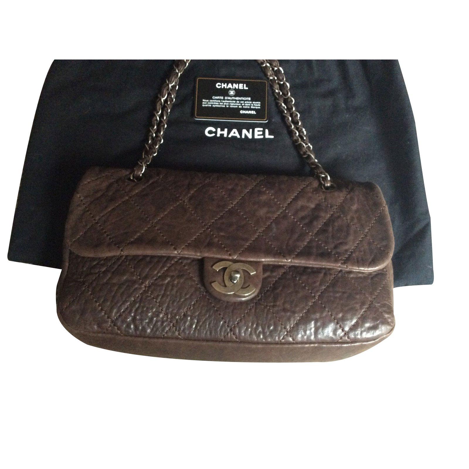 ae92cc1a5 Chanel Handbags Handbags Leather Brown ref.11528 - Joli Closet