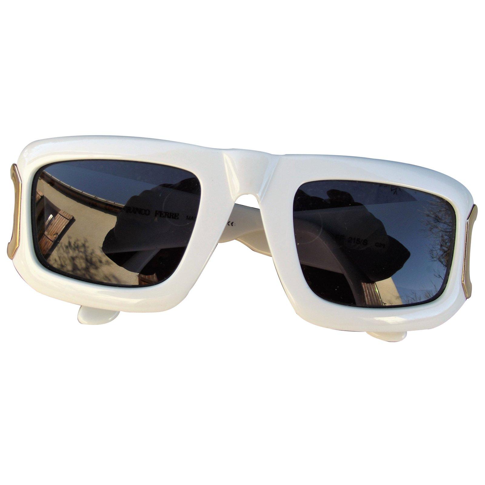 9de2ed8c3af6f Gianfranco Ferré Sunglasses Sunglasses Plastic White ref.11582 ...