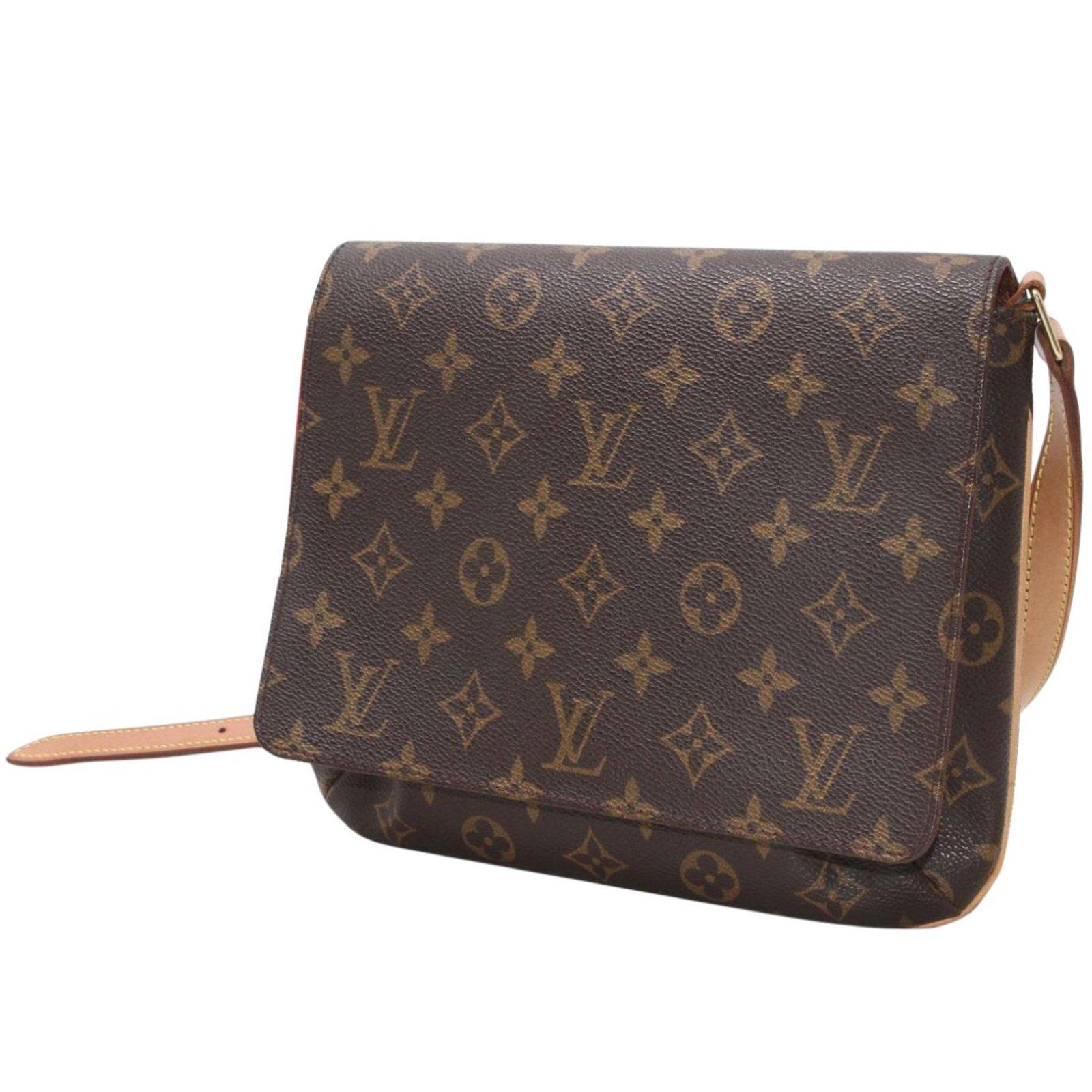 7ebf97a80db0 Louis Vuitton Handbags Handbags Leather Brown ref.11819 - Joli Closet