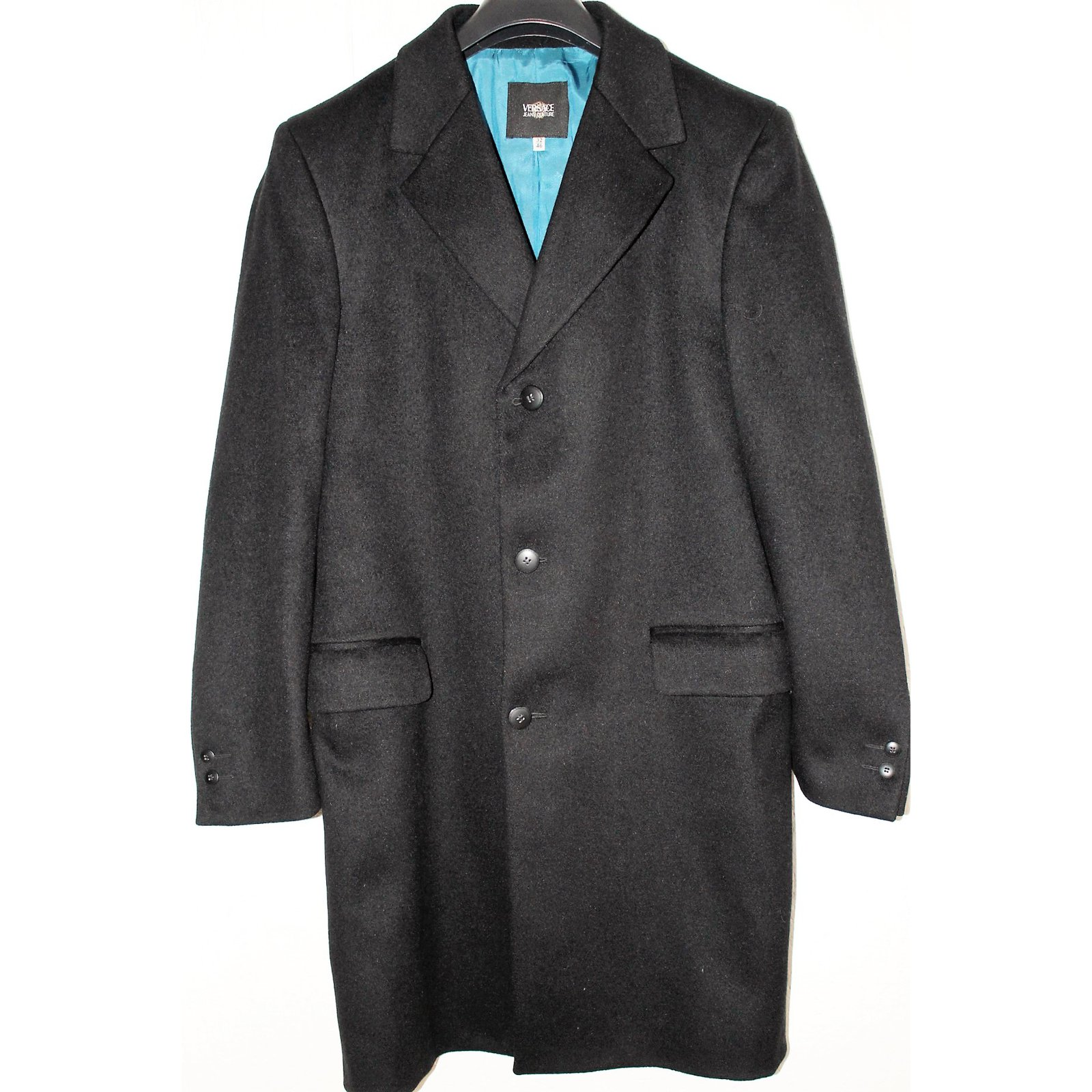 manteaux homme versace manteau laine noir joli closet. Black Bedroom Furniture Sets. Home Design Ideas