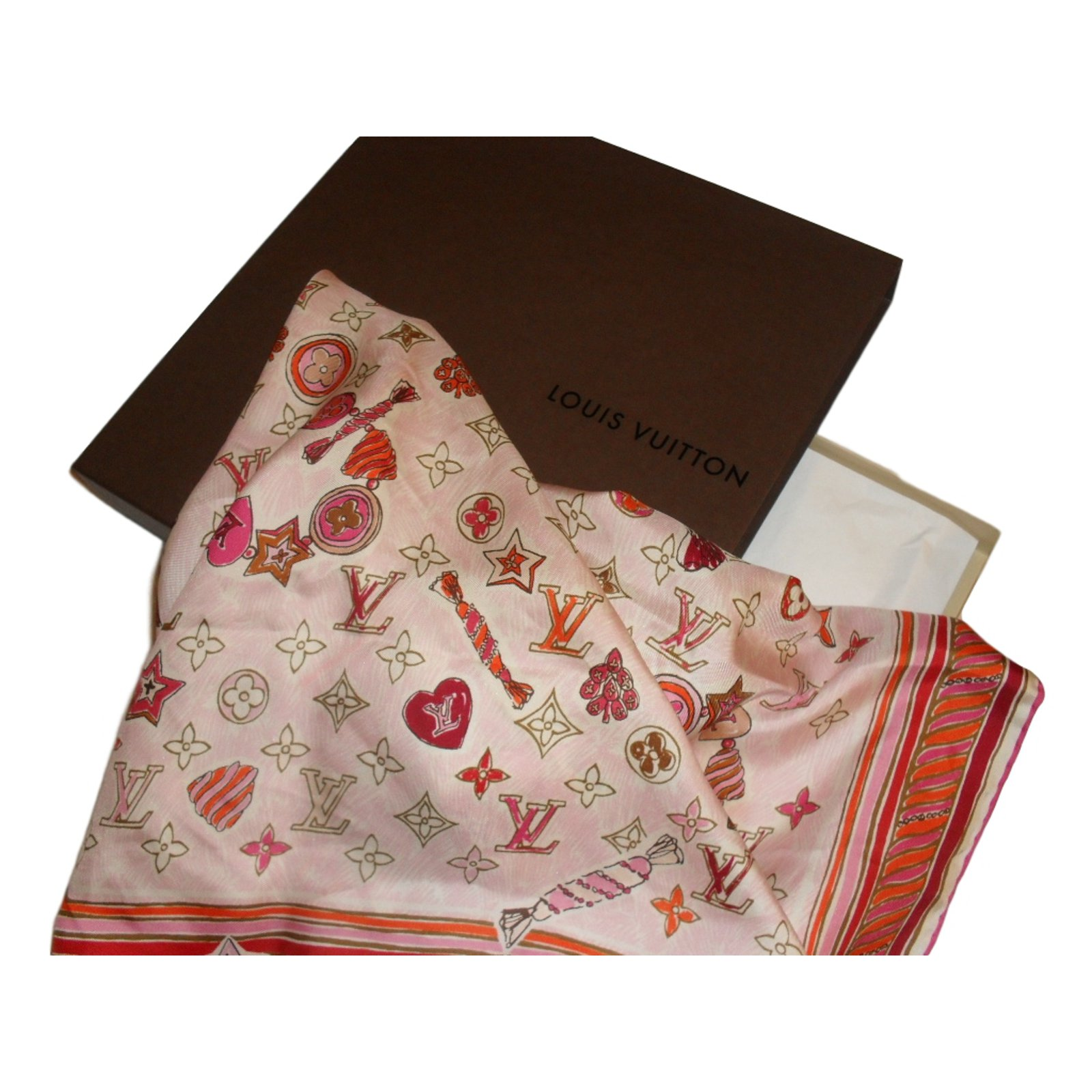 0b862184ed7a Foulards Louis Vuitton Foulard Soie Rose ref.11837 - Joli Closet