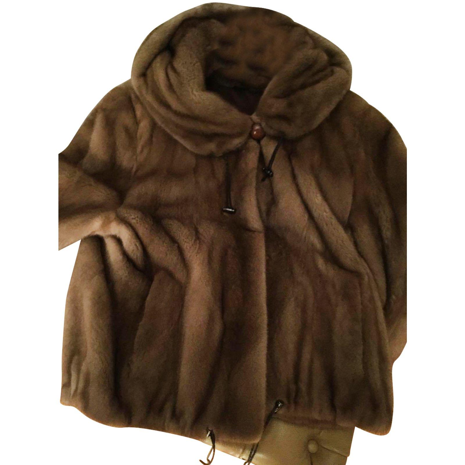 gamme complète d'articles disponible meilleures offres sur Manteau vison MAX & MOI