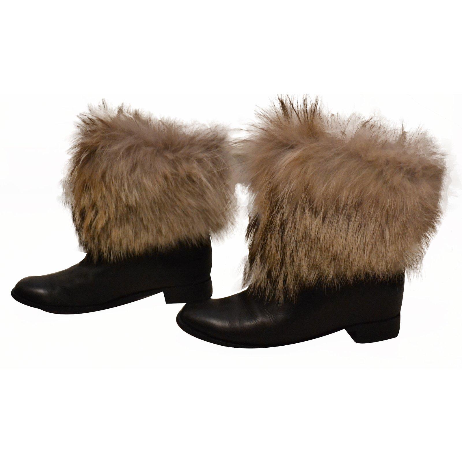 5184c6e7ae6 Christian Louboutin Fox fur boots Boots Leather Black ref.17302 ...