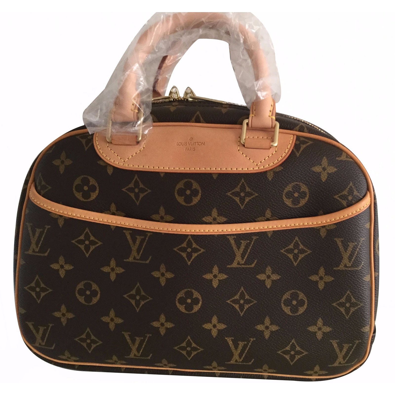 ... anthracite Sacs à main Louis Vuitton sac Trouville Cuir Marron ref.17593  ... 25a79a6d431