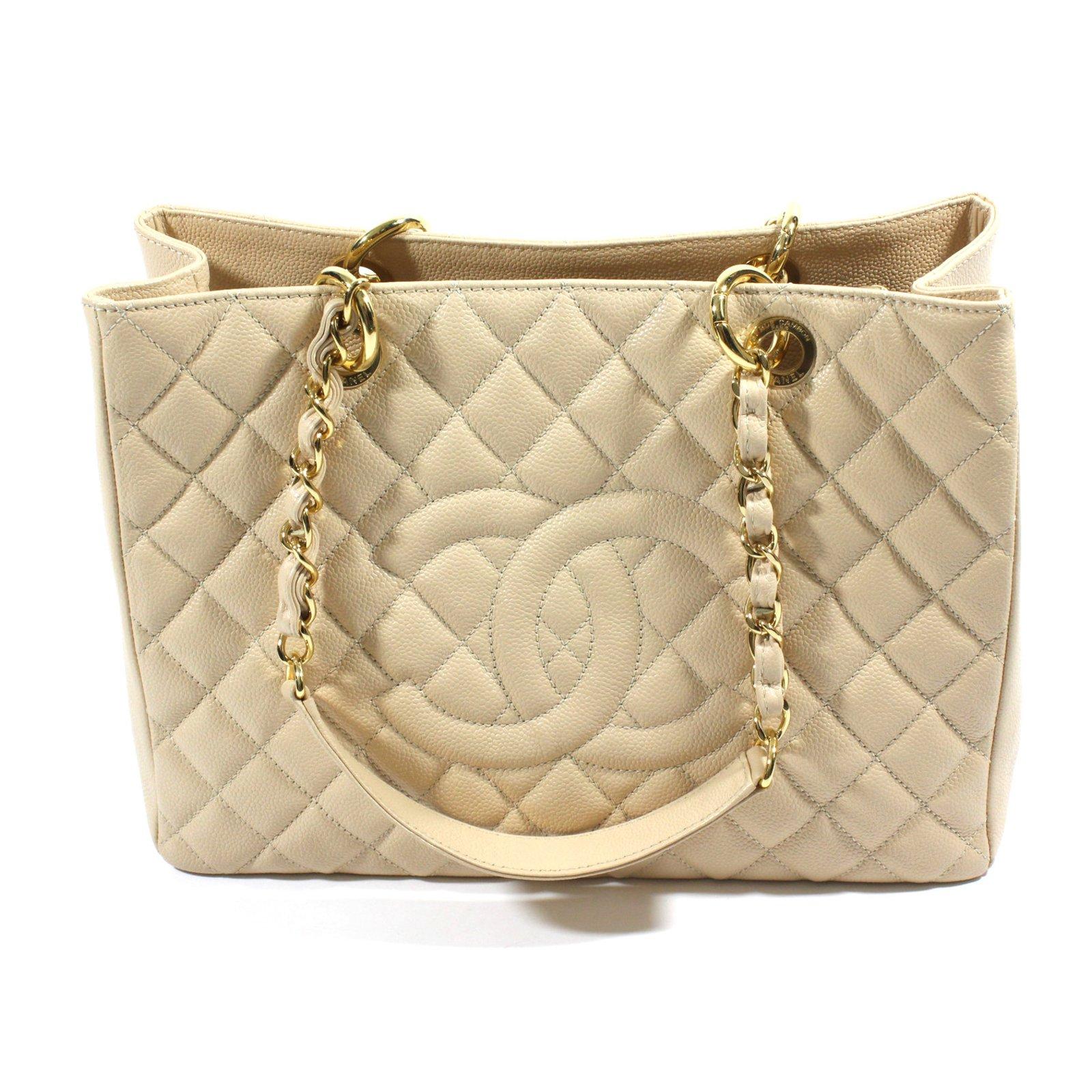 Chanel Shopping bag caviar Totes Leather Beige ref.18605 - Joli Closet