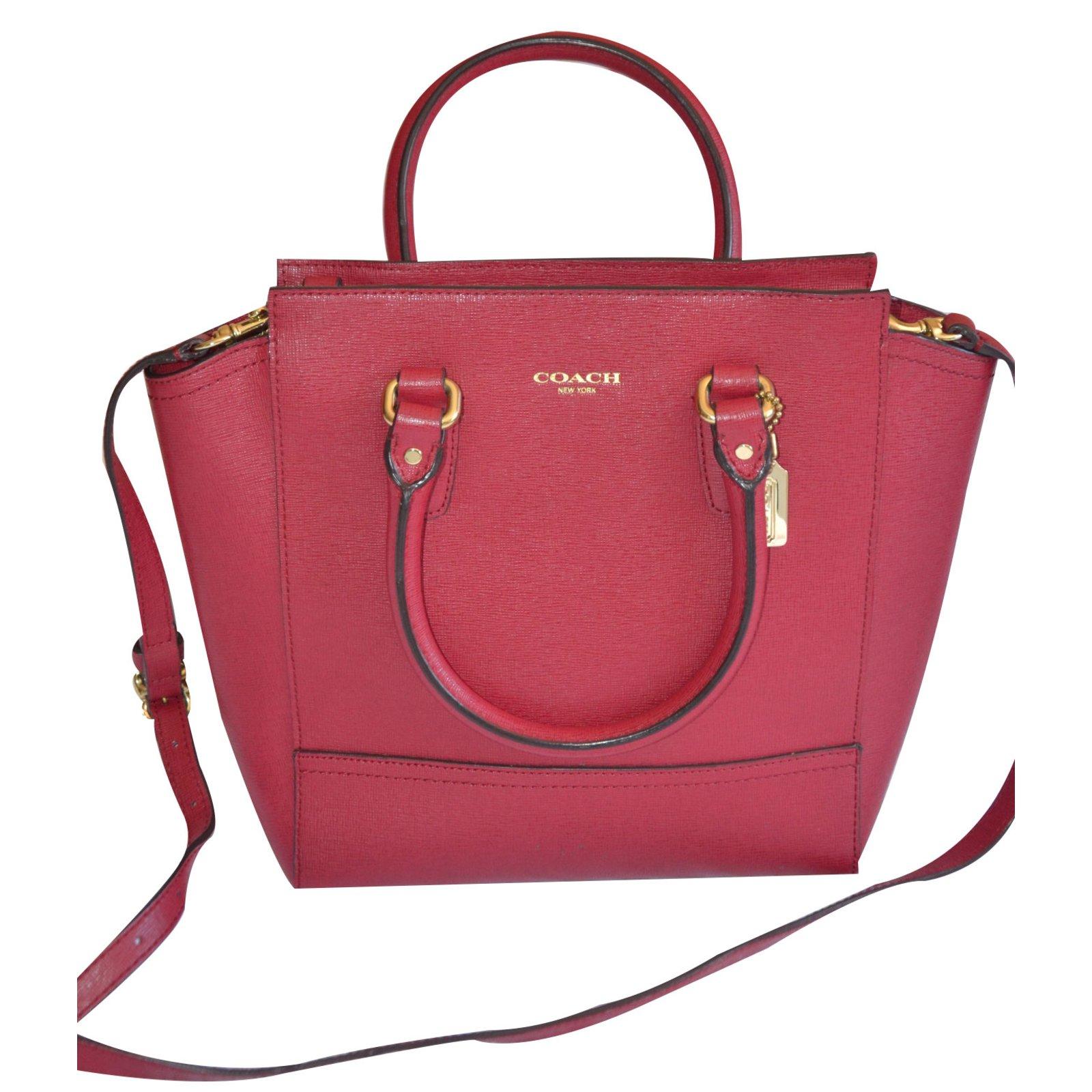746fa90b0 Coach Handbags Handbags Leather Red ref.18644 - Joli Closet