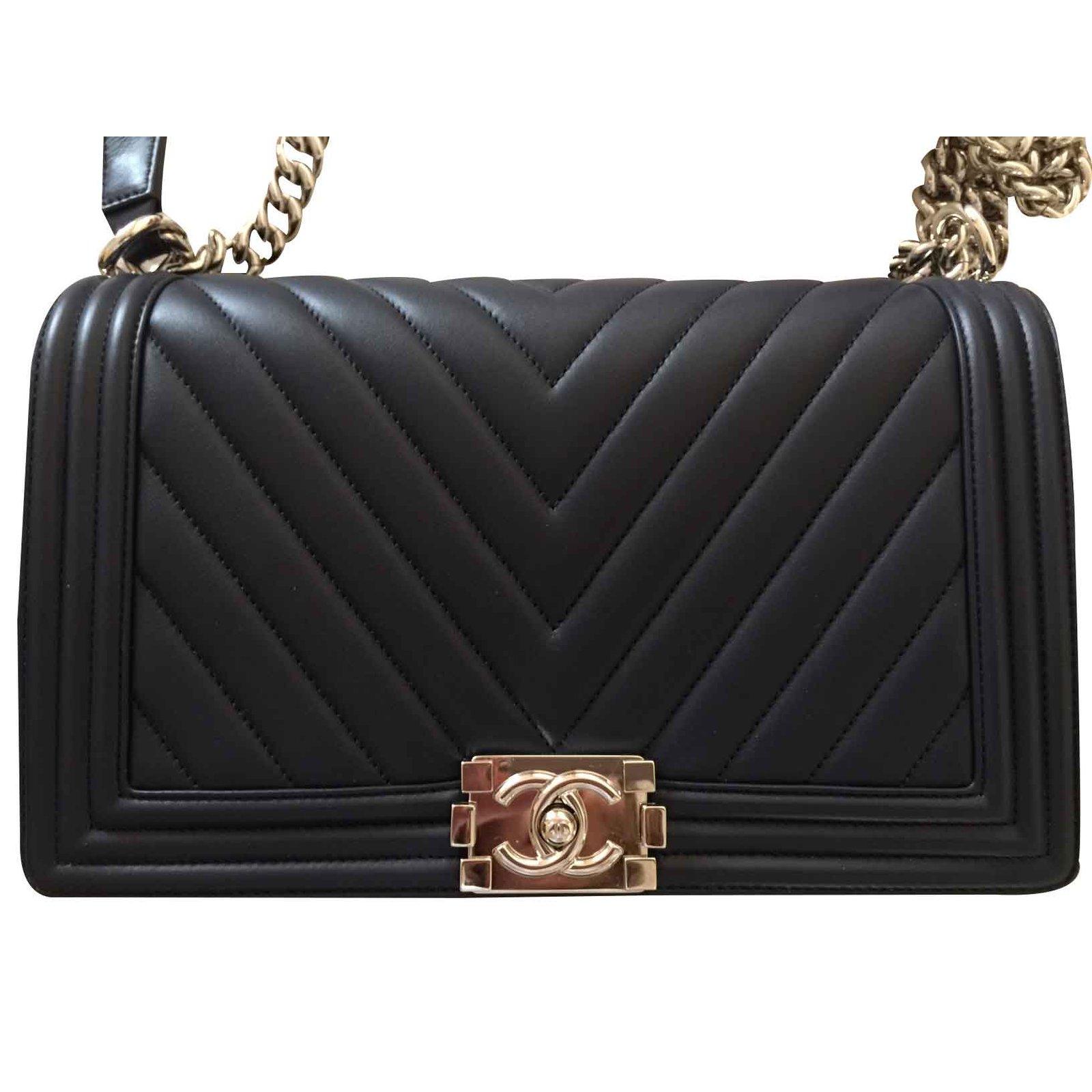 Sac à Main Chanel Occasion : Sacs ? main chanel boy chevron bleu cuir ref