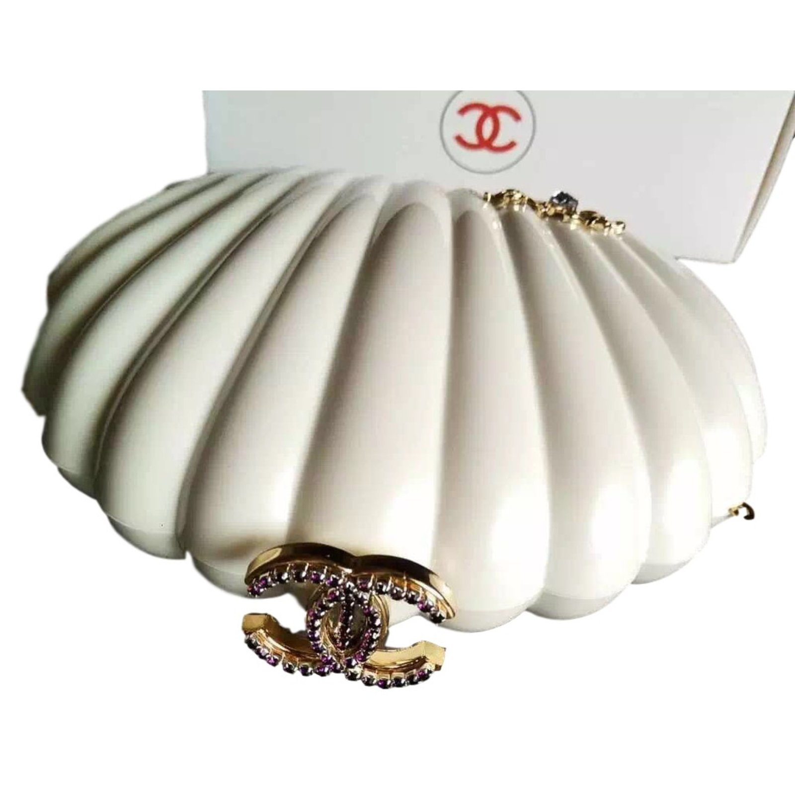 To acquire Shell chanels clutch picture trends